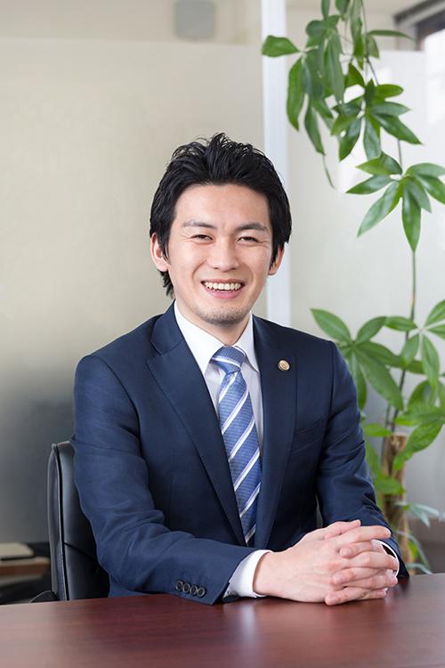 代表社員弁護士 髙橋 和聖(たかはし かずまさ)
